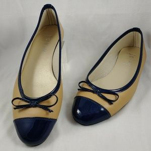 FS/NY Ballet Flats Navy Tan Slip-on Shoes US 7 Fre